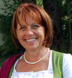 Maria Moser Colose NKV